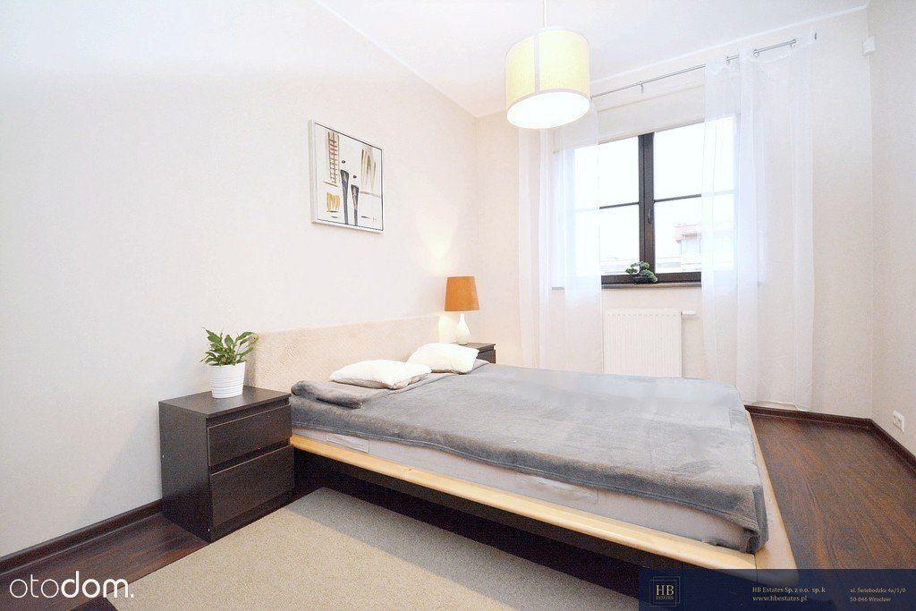 2 pokoje, oddzielna kuchnia, balkon,