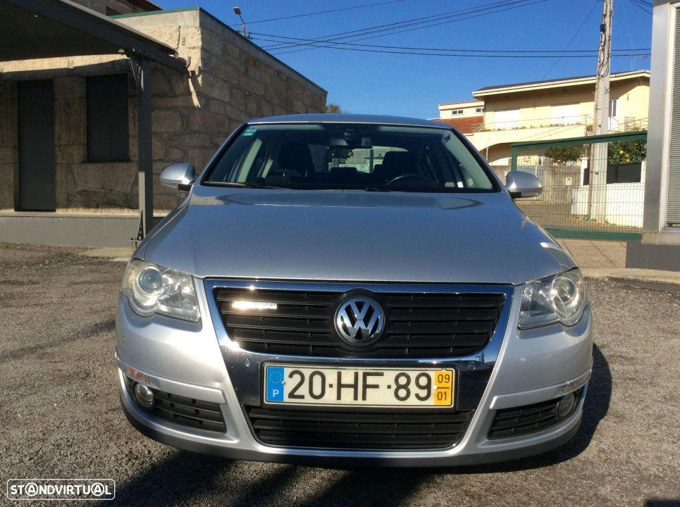 VW Passat 2.0 TDI 110 CV. Confortline BlueMotion - 2