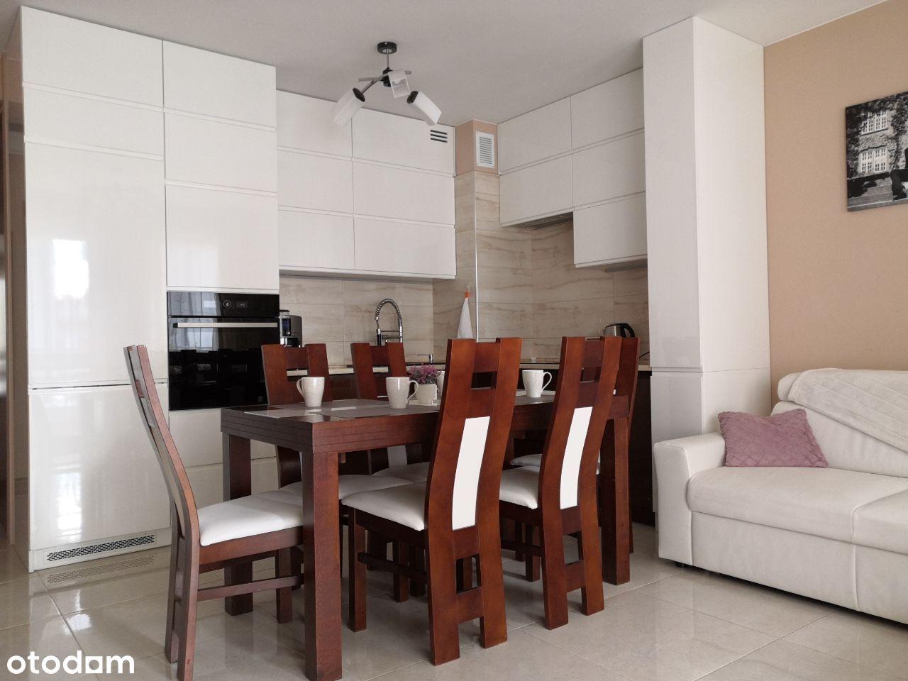 Mieszkanie 3 pok. 50m z 2 miejscami postojowymi