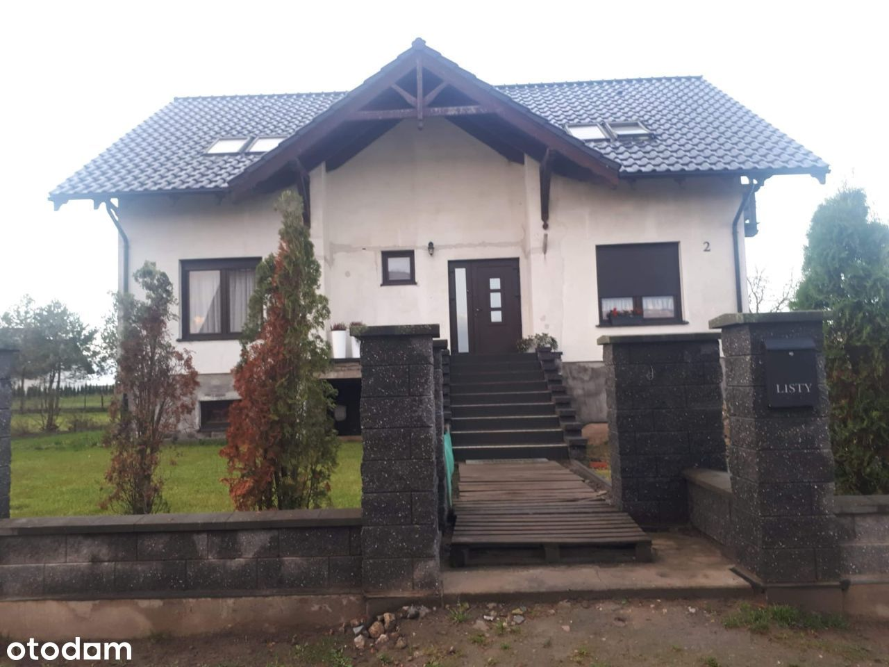 Dom 6 pokoi + salon, Nakło ul. Goździkowa 2