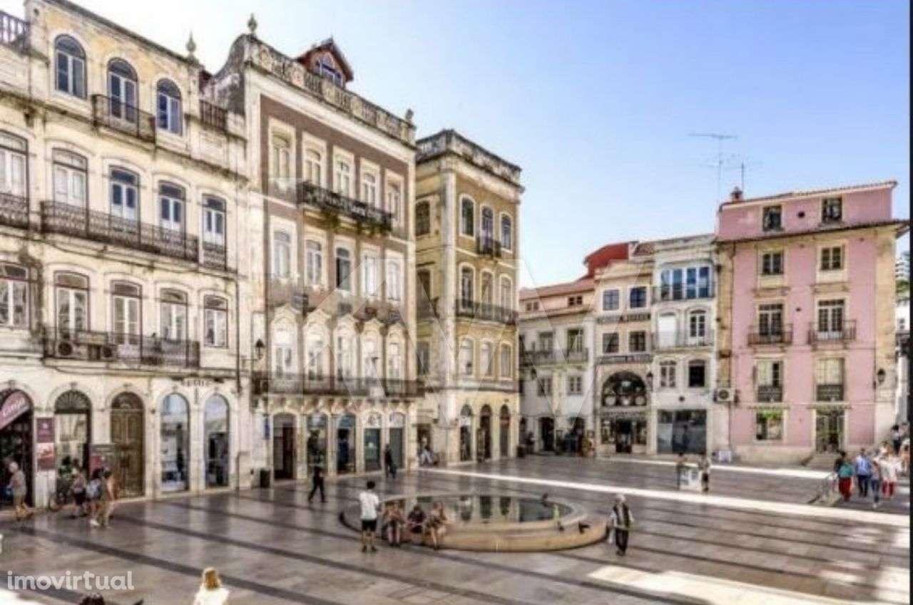 Prédio para comprar, Coimbra (Sé Nova, Santa Cruz, Almedina e São Bartolomeu), Coimbra - Foto 3