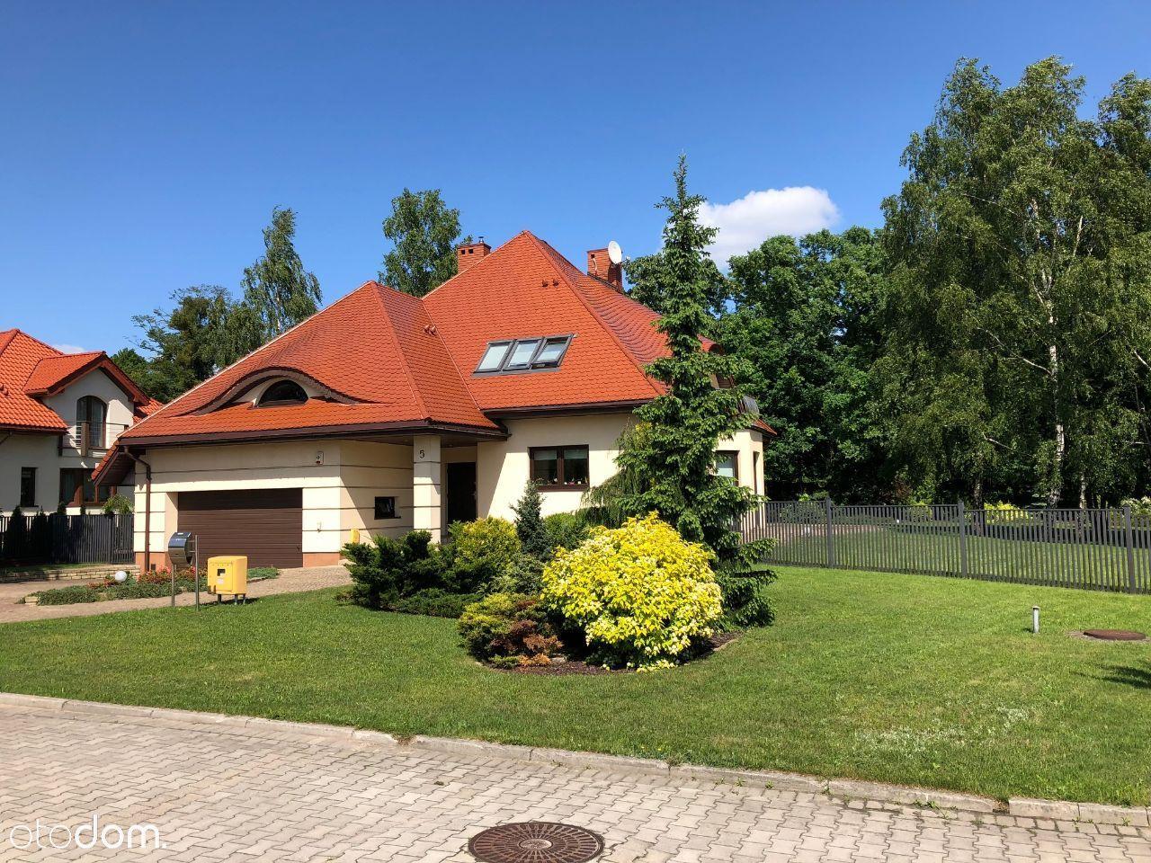 Wyjątkowy dom na sprzedaż, ul. Babiego Lata