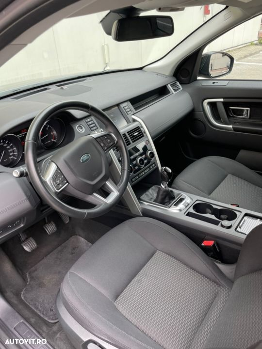 Land Rover Discovery Sport - 20