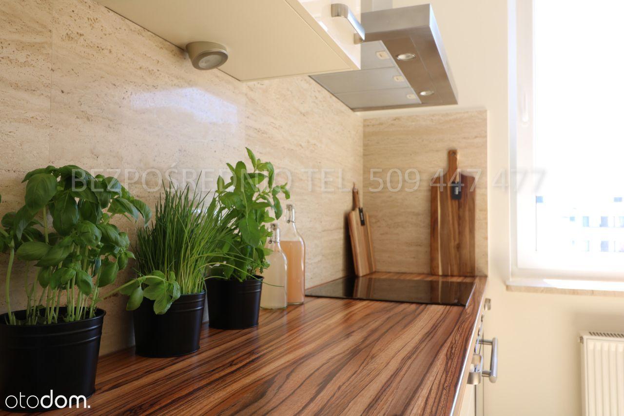 Bezpośrednio 45 m2 z oddzielną kuchnią, ul. Hery