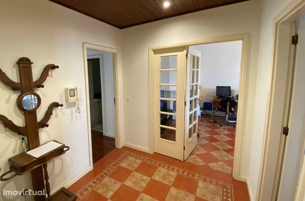 T3 - Suite - Lareira - Varanda - BOX - Águas Santas