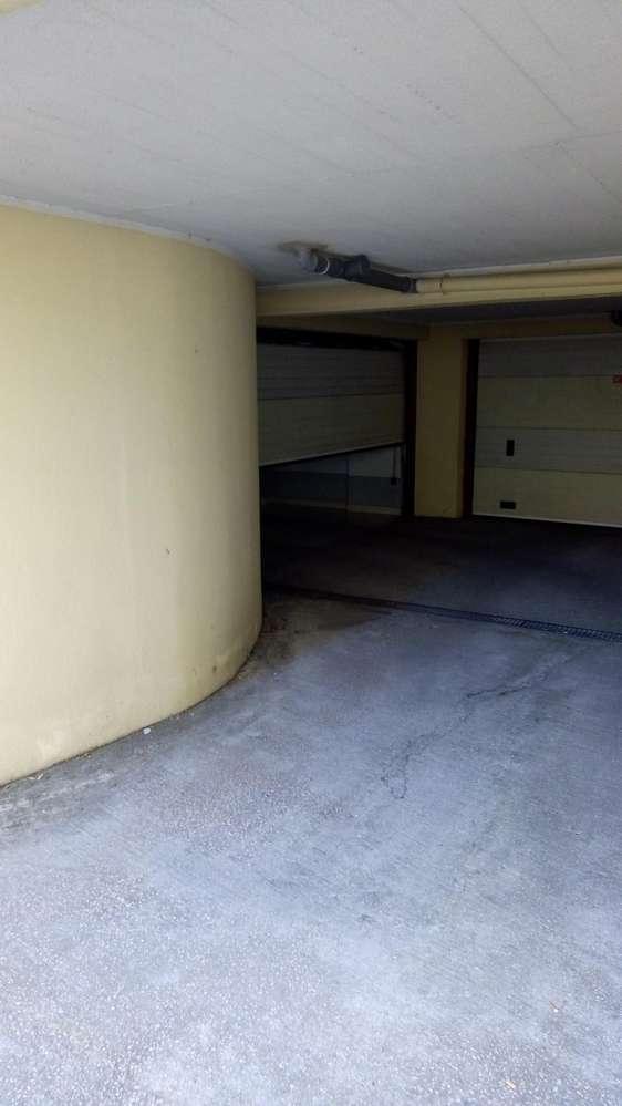 Garagem para arrendar, Rua de Sapadores, São Vicente - Foto 2