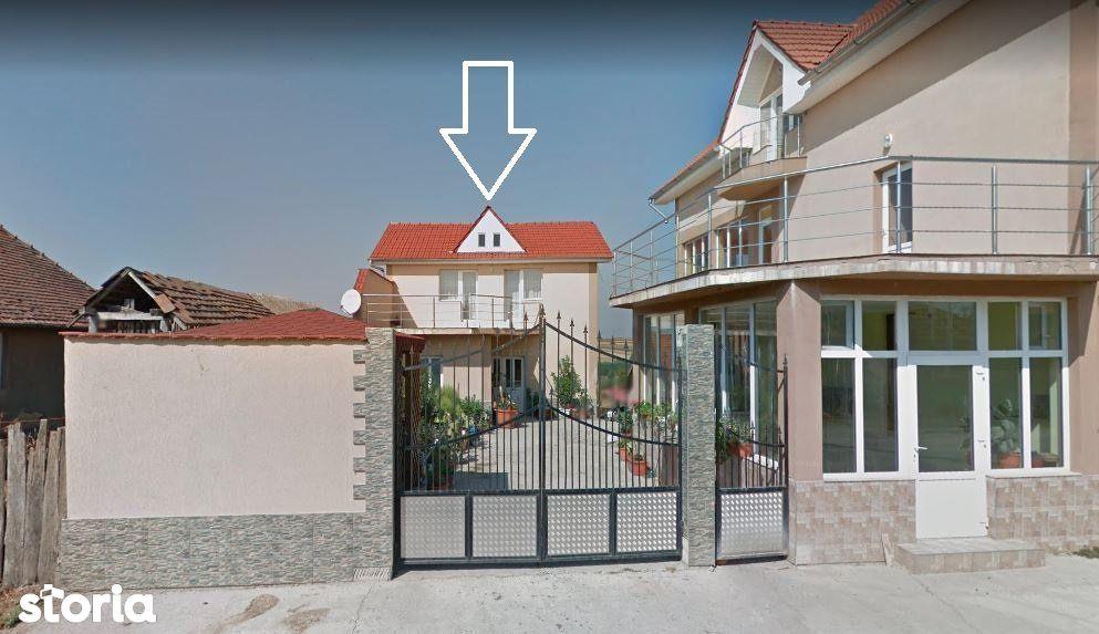 BIHOR, CARANDENI - Casa de vanzare - 200 mp + anexe + teren 2.700 mp