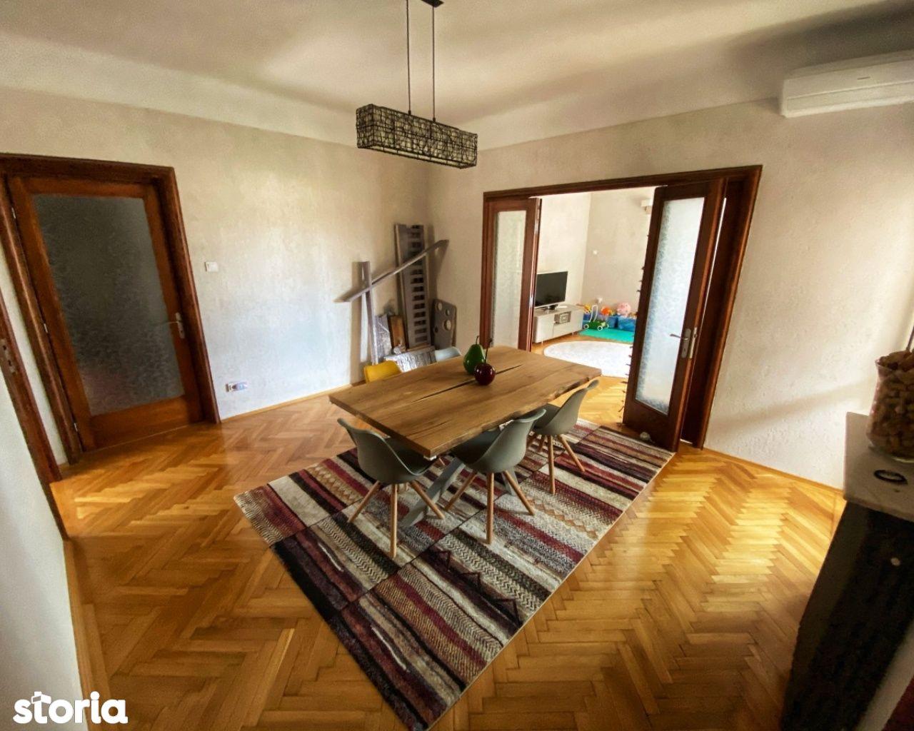 Apartament luminos - 4 camere - Ultracentral