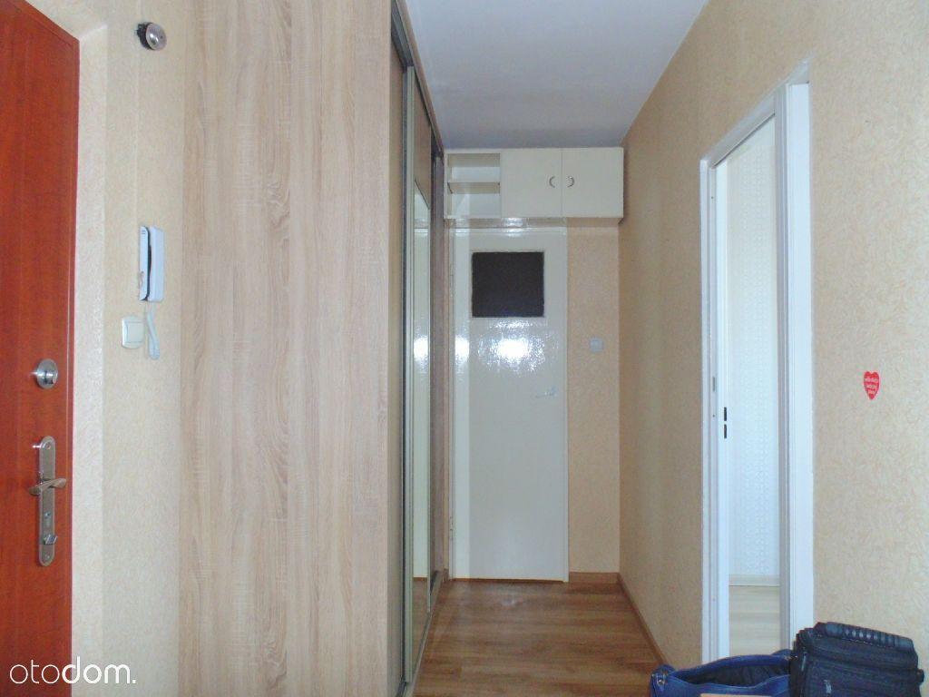 Mieszkanie częściowo umeblowane przy ul. Świętopeł