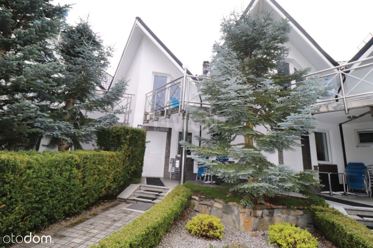 Dom, 454,20 m², Wisła