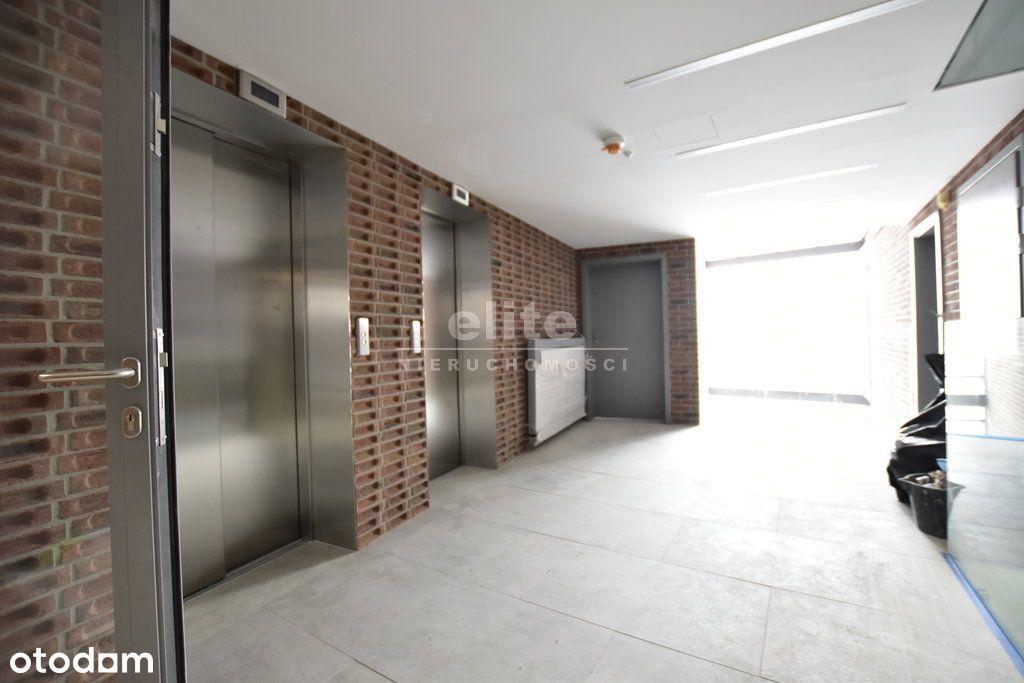 Podzamcze, 3 pokoje, apartamentowiec