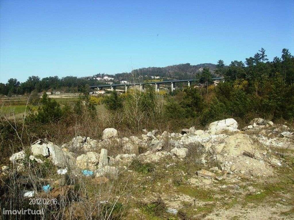 Terreno para comprar, Escudeiros e Penso (Santo Estêvão e São Vicente), Braga - Foto 4
