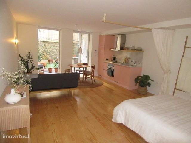 Apartamento T0 mobilado e equipado - Porto