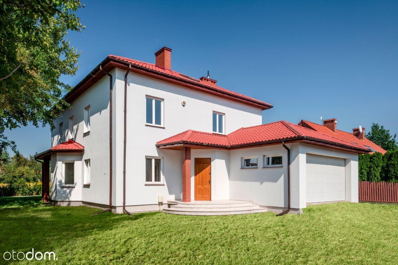 Przestronny i komfortowy dom w unikalnej okolicy