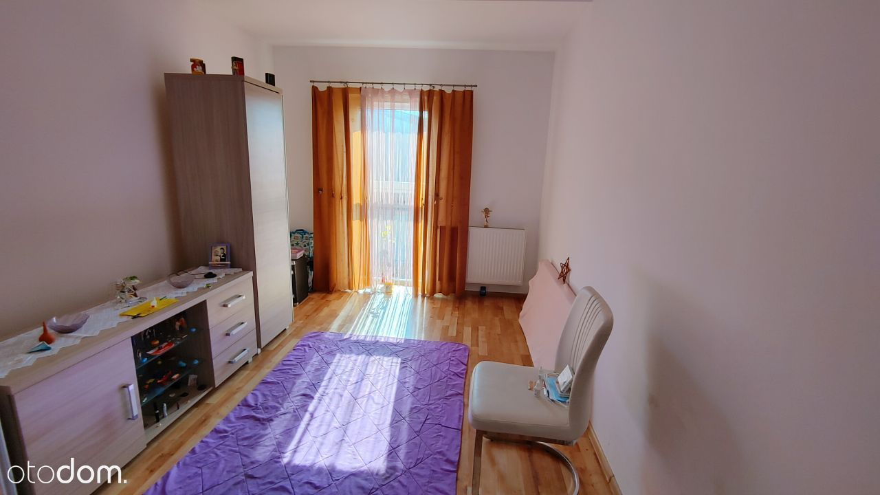 2 pokoje , słoneczne .Kiełczów