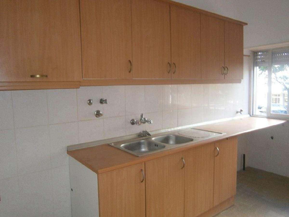 Apartamento para arrendar, Carnaxide e Queijas, Lisboa - Foto 1