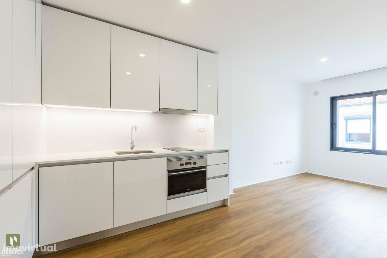 Apartamento T1 Kitchenette Novo ao Pólo Universitário