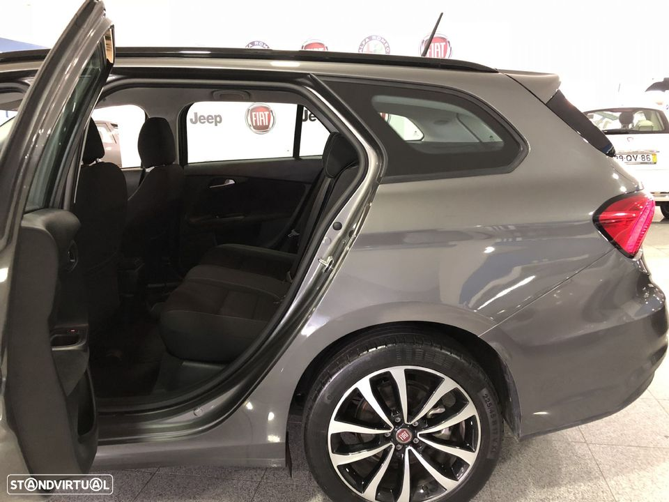 Fiat Tipo Station Wagon 1.3 MJ LOUNGE XENON LED GPS NACIONAL - 8