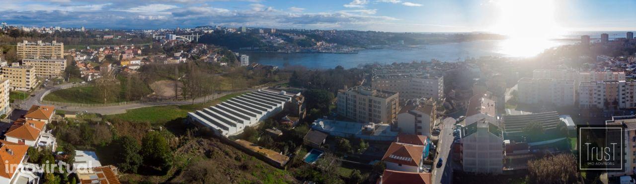 Armazém industrial na Foz do Douro