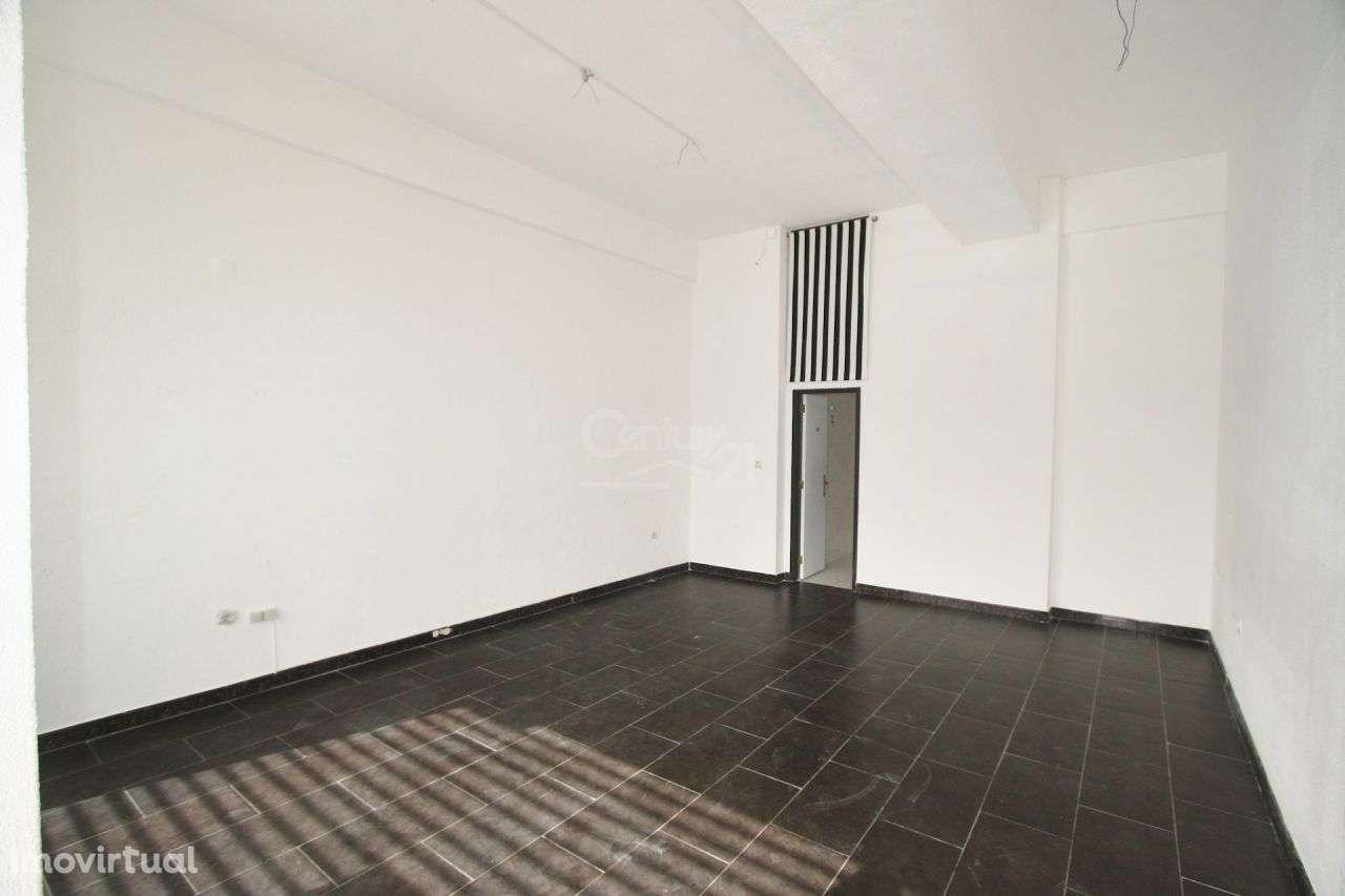 Loja para arrendar, Póvoa de Santo Adrião e Olival Basto, Lisboa - Foto 2