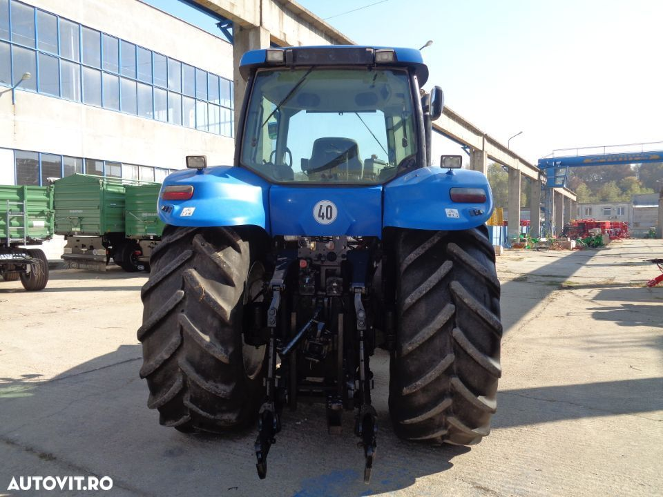 New Holland T8020 - 6