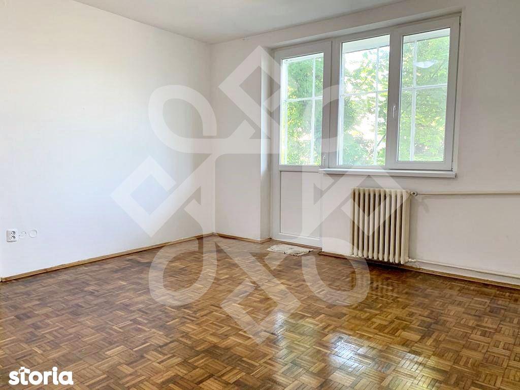 Apartament trei camere de vanzare, etaj I, Decebal, Oradea