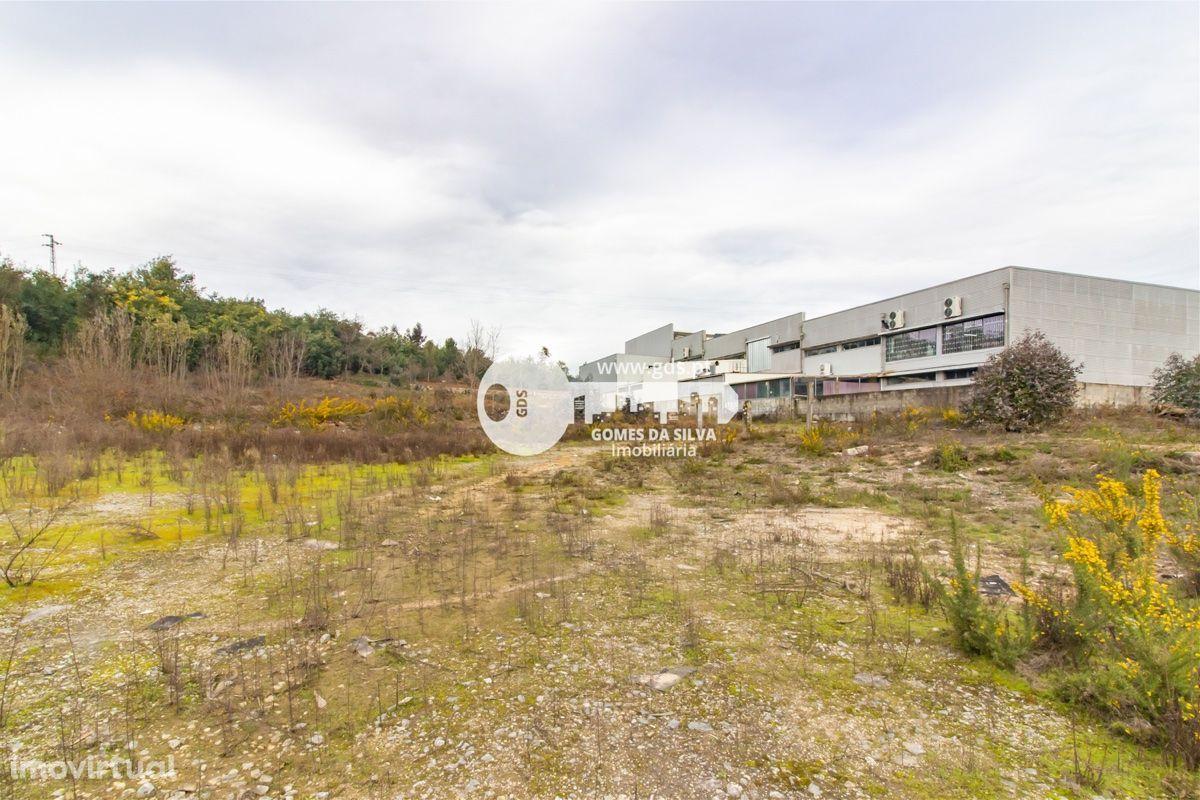 Lote industrial com PIP aprovado em Guimarães