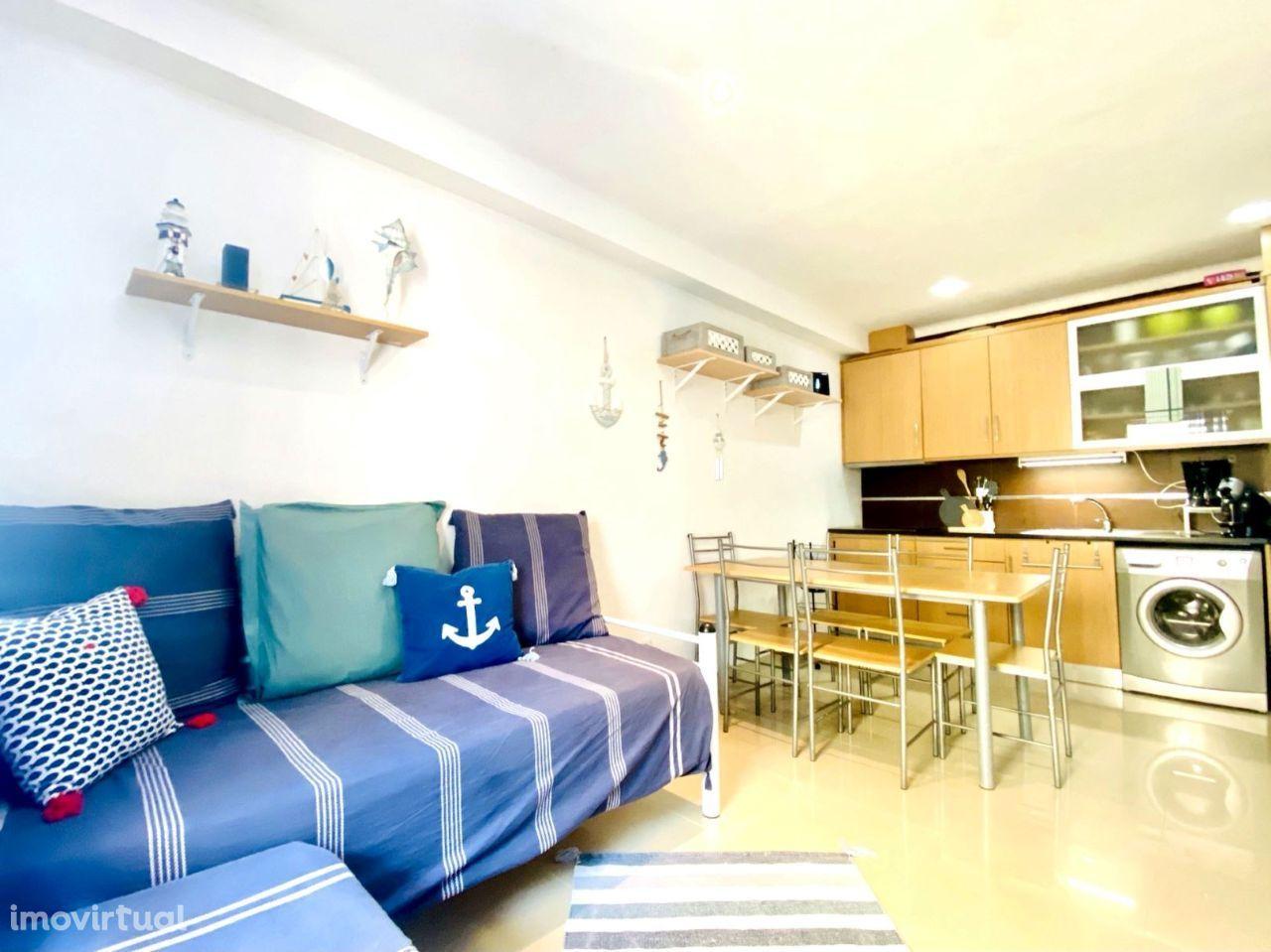 Apartamento T2, duplex, a 2 passos da praia da Nazaré