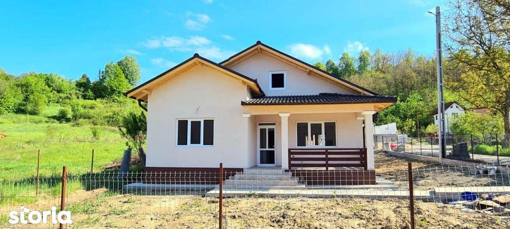 Casa de vanzare (12 km de oraș , direct dezvoltator)