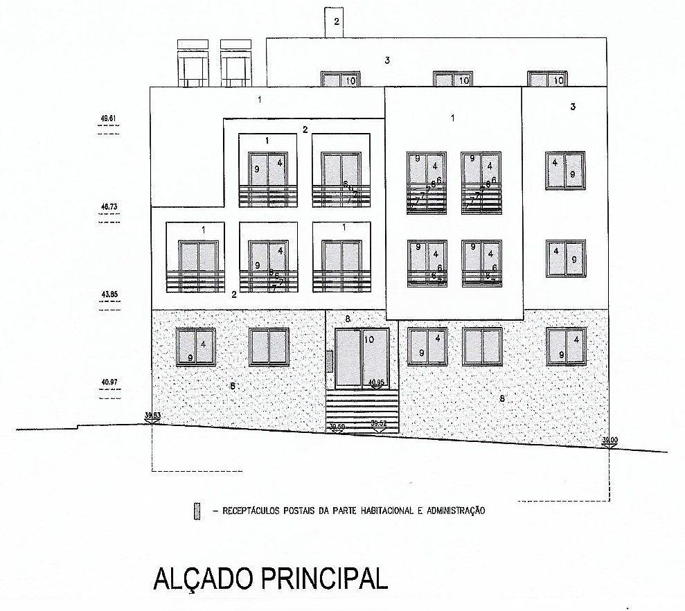 CORROIOS - Com projeto para prédio de 6x T2! Garagem e Arrecadação!