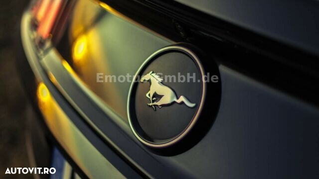 Ford Mustang - 12