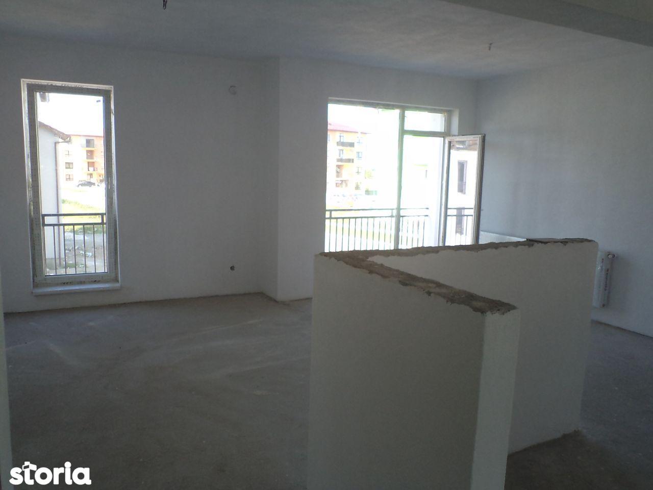 Dezvoltator apartam mare 3 cam 2 bai et 1 la alb 76mp balcon 8mp