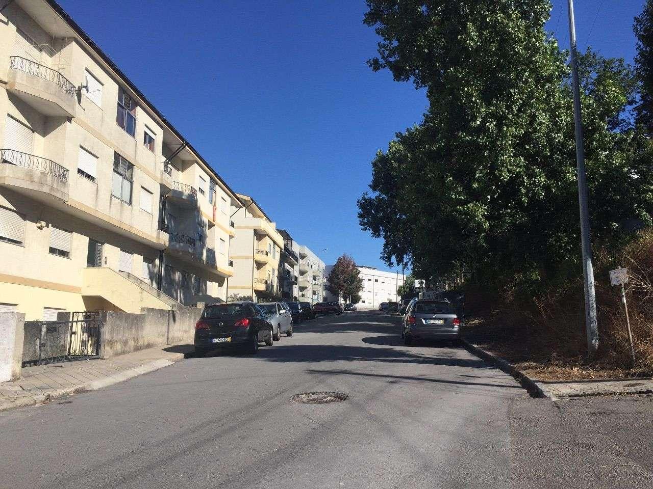 Apartamento para arrendar, Rua Professor Egas Moniz - Oliveira do Douro, Oliveira do Douro - Foto 4
