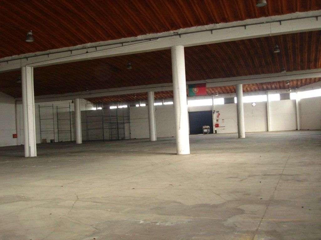 Armazém para comprar, Santa Iria de Azoia, São João da Talha e Bobadela, Loures, Lisboa - Foto 1