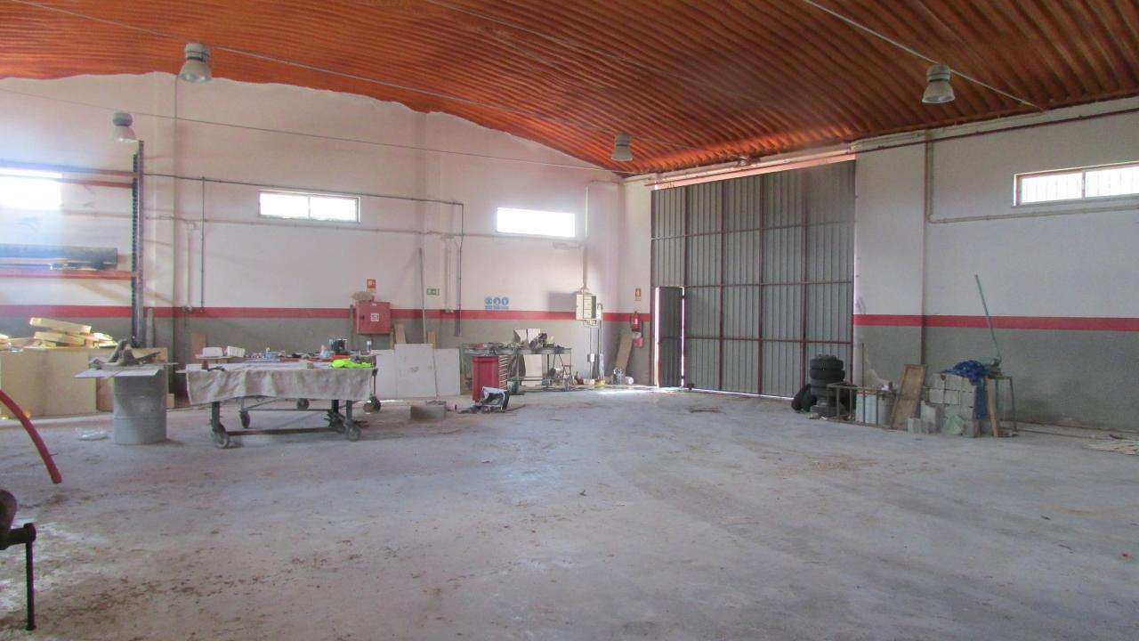 Armazém para arrendar, Alburitel, Santarém - Foto 1