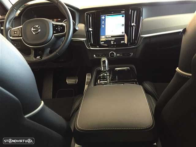 Volvo S90 2.0 T8 R-Design AWD Geartronic - 10