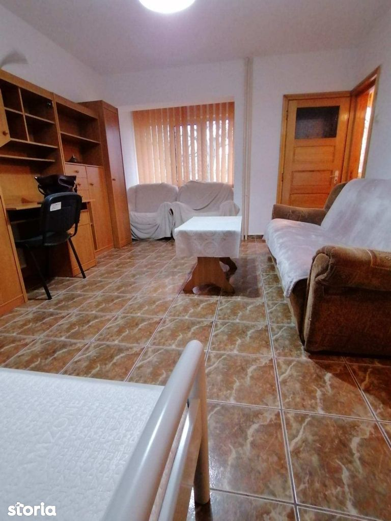 Bd. Independentei- UMF, 250euro/luna, apartament 1 camera