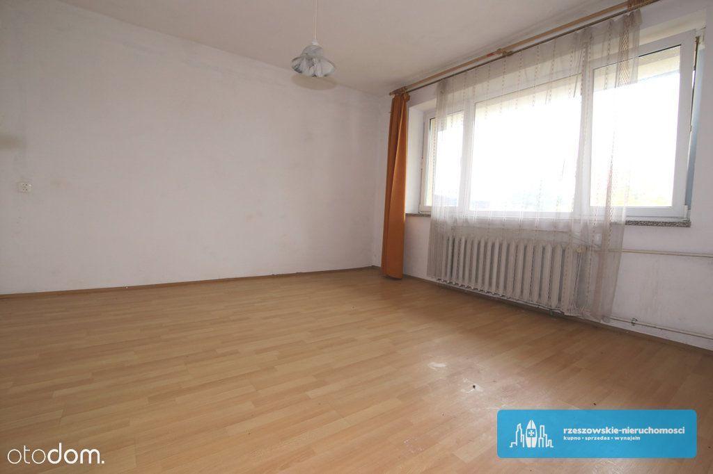 Dom wolnostojący 250 m2 z dużą działką 28ar.