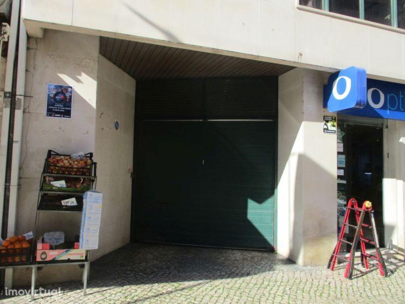 Garagem para comprar, Torres Vedras (São Pedro, Santiago, Santa Maria do Castelo e São Miguel) e Matacães, Torres Vedras, Lisboa - Foto 6
