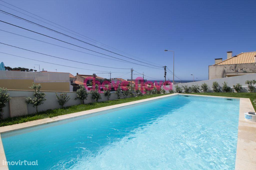 PR - Moradia geminada T4 com piscina e vistas de MAR