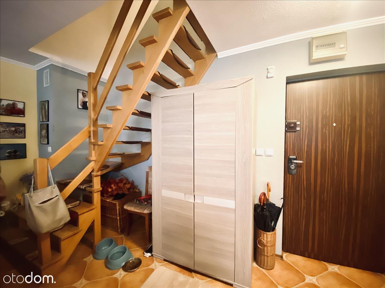 Ciekawe 2 poziomowe mieszkanie, 4 pokoje