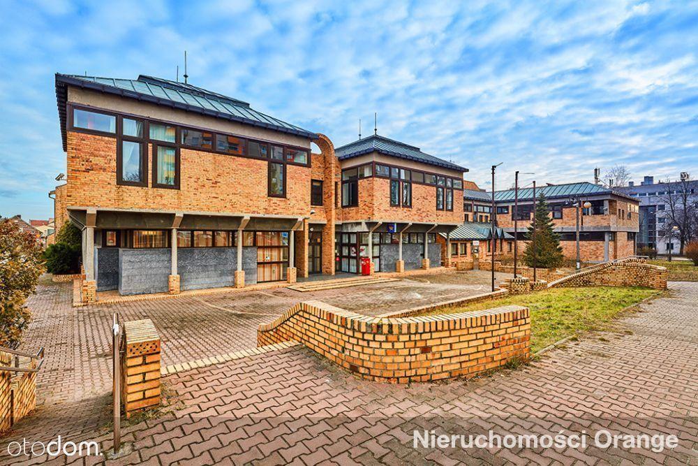 Lokal użytkowy, 5 545 m², Tychy
