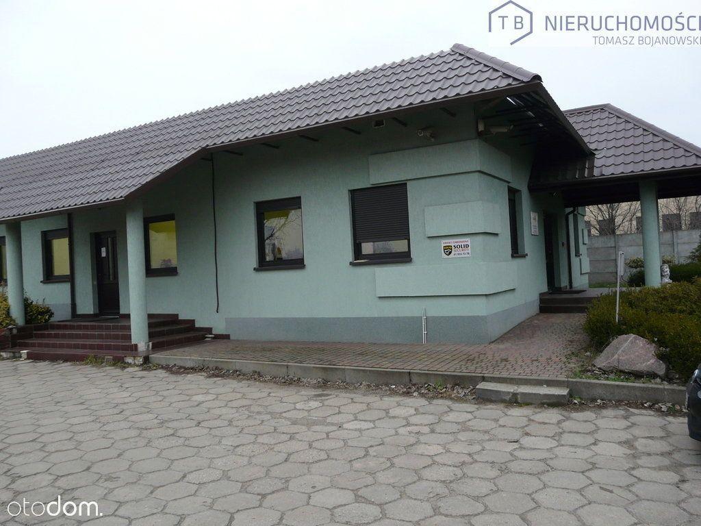 Dom + biura, plac Kaźmierz okolice