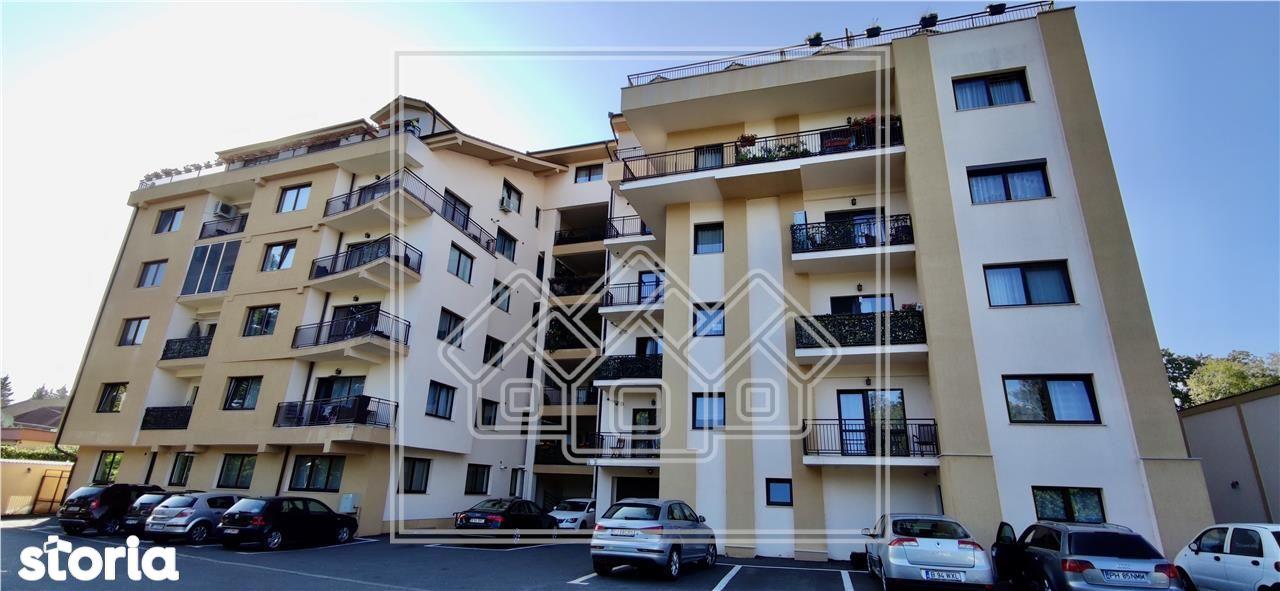Penthouse cu 5 camere - zona Parcul Sub Arini