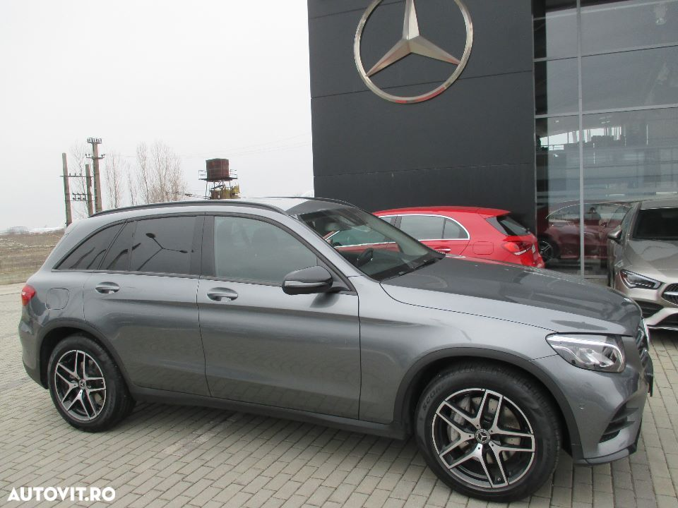 Mercedes-Benz GLC - 7