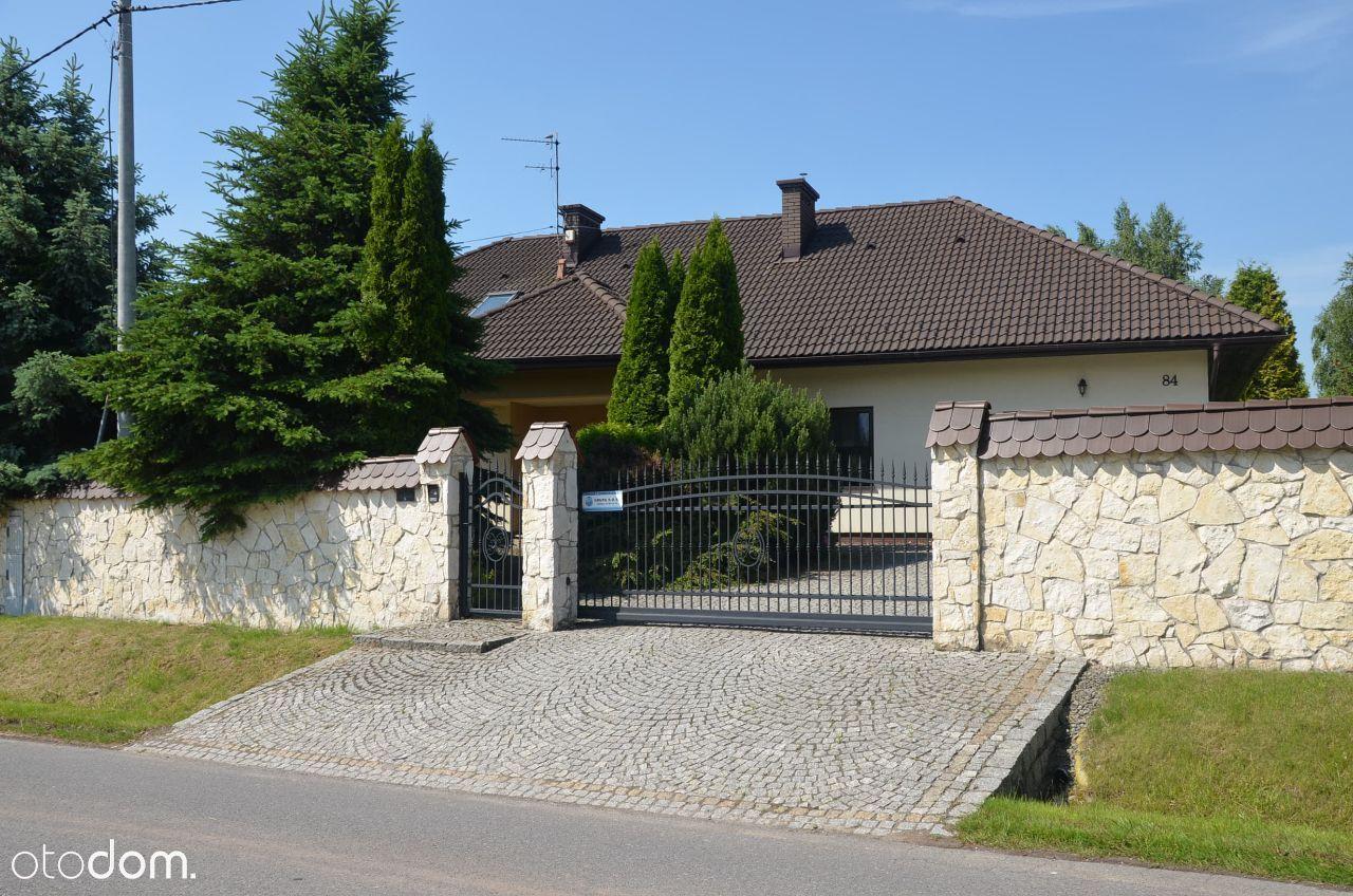 DOM 270 m2/32 ary KOBYLANY