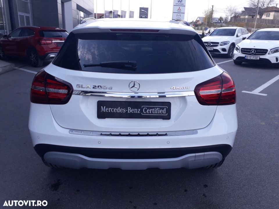 Mercedes-Benz GLA 200 - 5