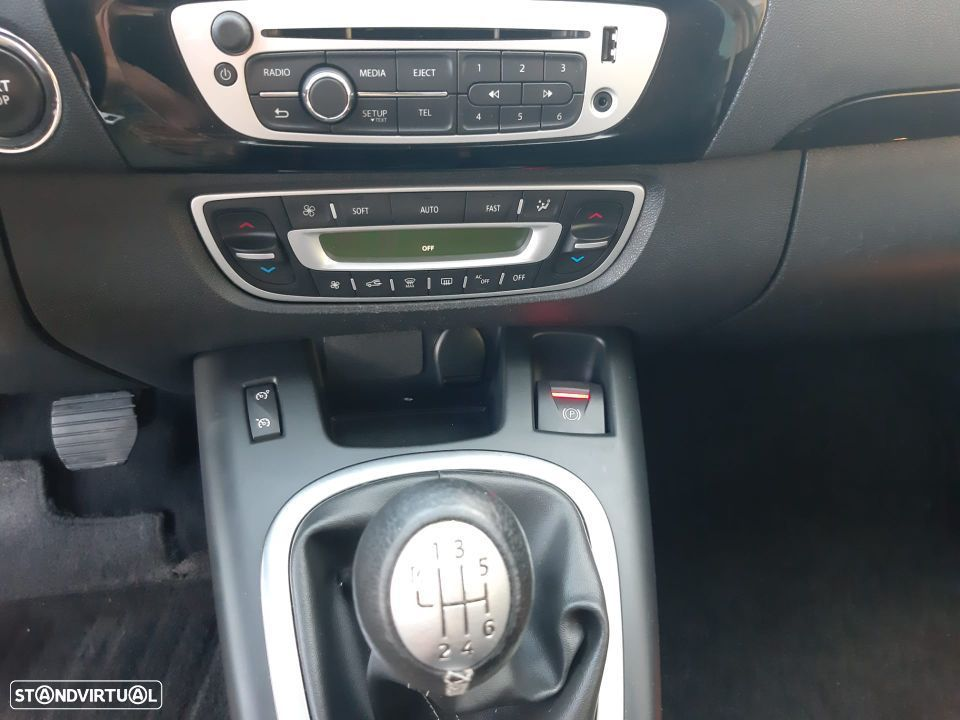 Renault Grand Scénic 1.6 dCi Bose Edition 7L - 20