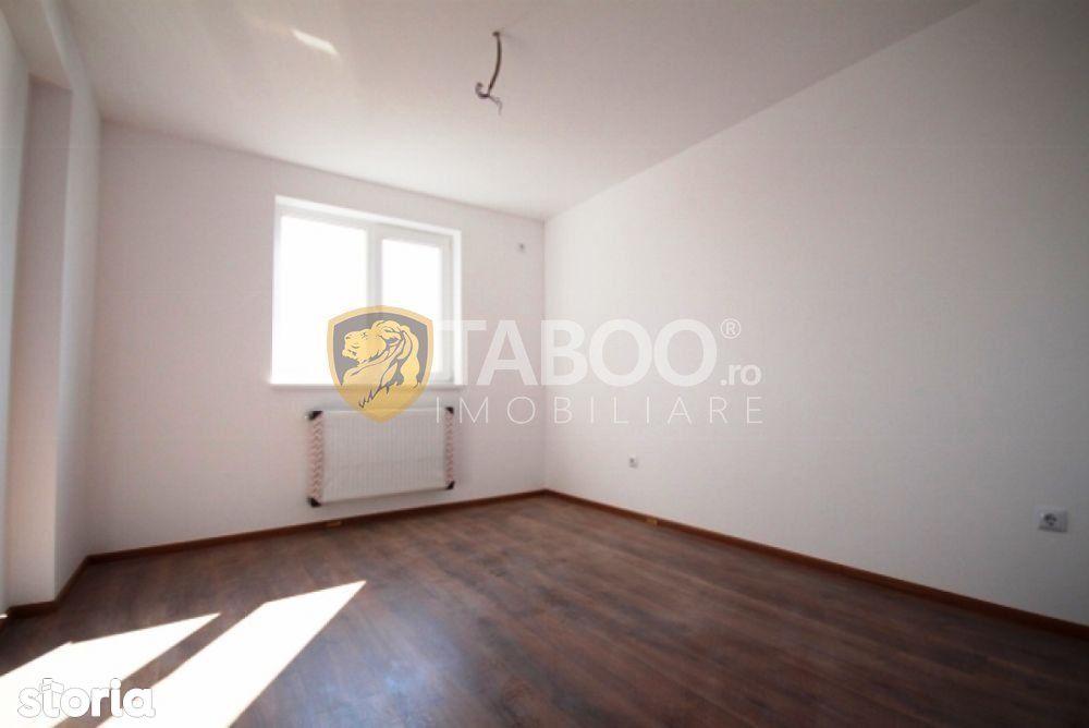 Apartament 3 camere 2 balcoane etaj 1 Calea Cisnadiei comision zero