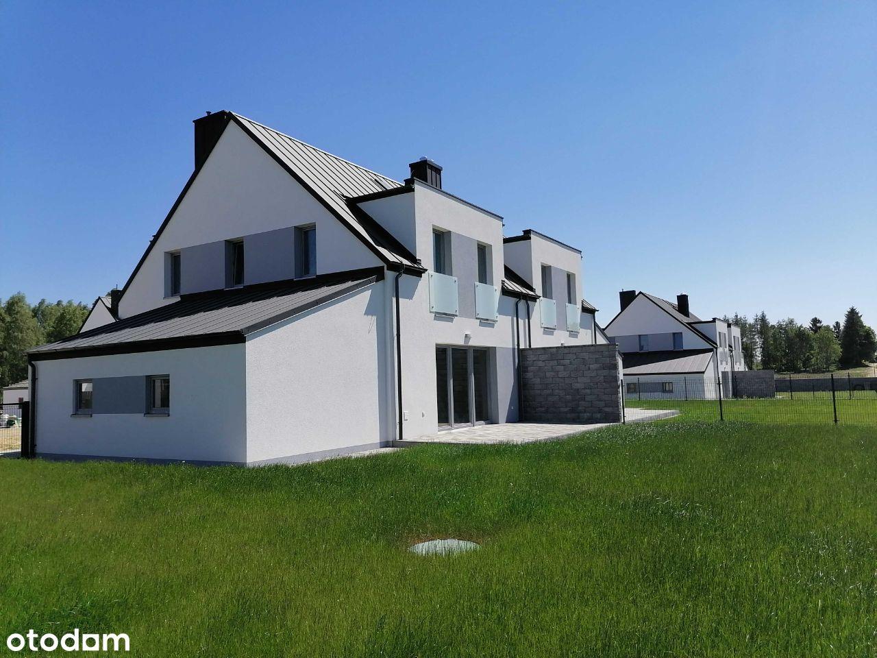 Dom jednorodzinny w zabudowie bliźniaczej Bojano.